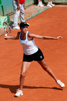 Alona Bondarenko hits a return, May 2009